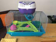 Hamsterzubehör und Käfig