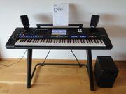 Yamaha Genos Keybaord mit Lautsprecher