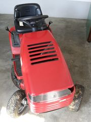Rasen Traktor Toro - RECYCLER