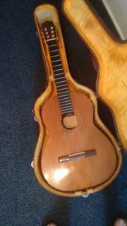 Klassik- Flamenco Gitarre