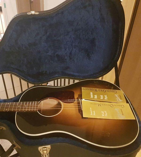 Gibson J-45 Tenacious D Jack