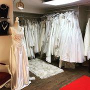 Brautkleider neu und Second Hand