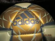 Pelias Adidas Fußball-Neu