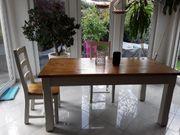 Tischgruppe mit 6 Stühlen optional