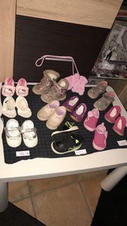 Verkaufe Schuhe Größe 20 - 22