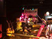 Gitarrist sucht eingespielte Rock Band