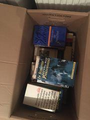 Bücher zum Lesen zur Deko