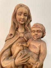Holz Madonna mit Kind handgeschnitzt