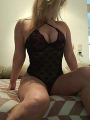 Sexy blonde Girl für dich
