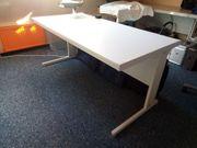 Schreibtisch Vielhauer