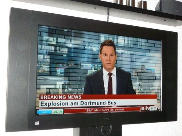 Thomson LCD Flachbildfernseher 32EX127B5 mit