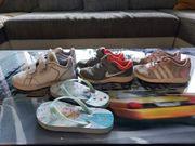 Kinderschuhe Nike Adidas Gr 26