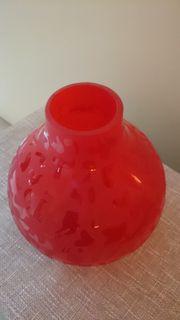 Dekorative Vase aus Glas von