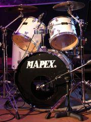 Drummer sucht neue Herausforderungen