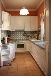 Einbauküche U-Form weiß mit Neff-Ceranfeld