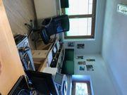 Büroräume und Multifunktionsräumlichkeit