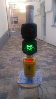 Signalfunktionskleinmast Fahrrad-Ampel mit Fußgängeranforderungsdrücker