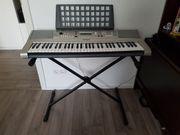 Yamaha Keyboard Portatone PSR-E 313