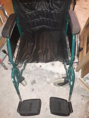 Rollstuhl günstig abzugeben