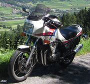UR Yamaha XJ 900 31A