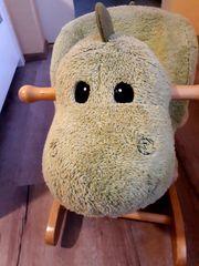 Schaukel-Dino sucht ein neues Zuhause