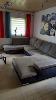 neuwertige Wohnlandschaft Couch mit Bettfunktion