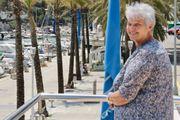 Für Freizeitunternehmungen sucht 66 jährige