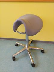 Rollhocker Stuhl ergonomisch grau