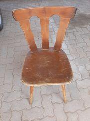 Holzstühle z B für Gastronomie