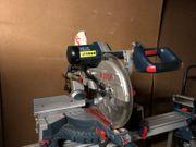 Bosch Professional Kapp- und Gehrungssäge