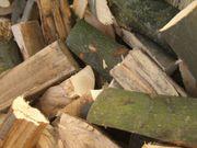 Brennholz - Buche trocken und gespaltet
