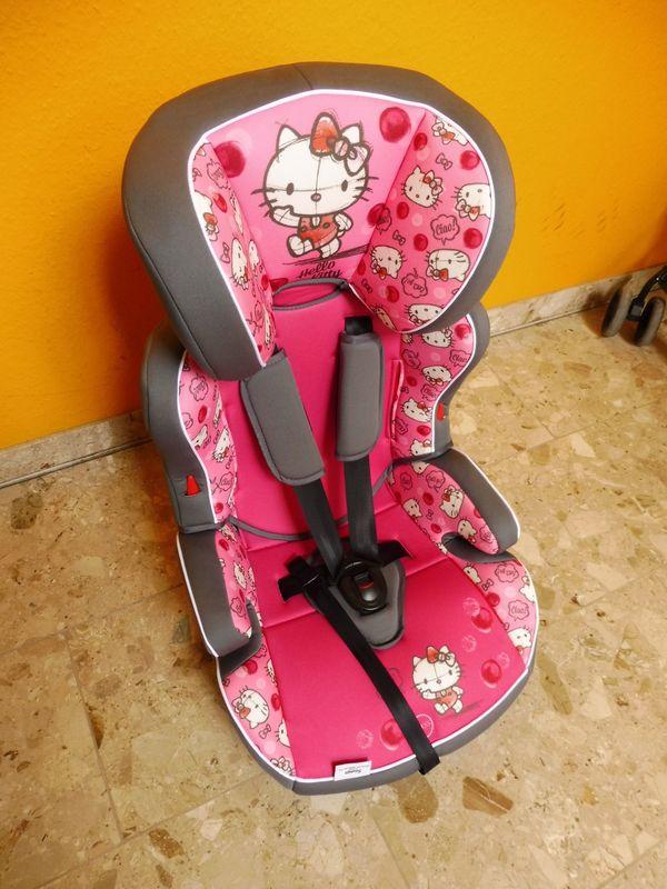 Neuwertiger Hello-Kitty-Kindersitz