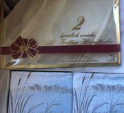 Drei Walk-Frottier-Handtücher Original verpackt