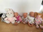 Puppen und Kuschltiere