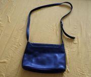 einfache schwarze Bree Handtasche