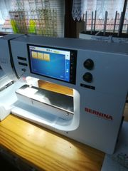 Bernina 700 Stickmaschine inkl Stickmodul
