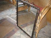 Handgefertigter Spiegel mit Schmiedeeisen - Rahmen