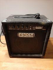 Fender Rumble 15 Combo Verstärker
