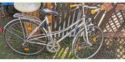 Fahrräder fahrbereit