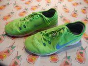 Sneaker NIKE FREE 5 0