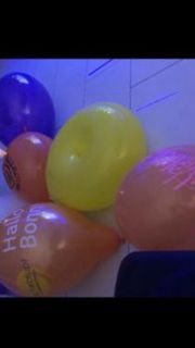 Luftballons aufblasen in meinem Penthouse