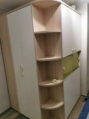 Kinderzimmer Eck-Kleiderschrank begehbar mit Kojen-Bett