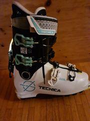 Damen Touren Skischuh