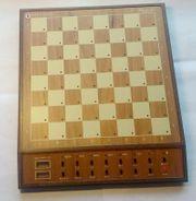 Biete Schachcomputer Mephisto Monte Carlo