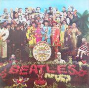 Zwei Beatles LPs Vinyl