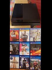 Playstation 4 mit 10 Spielen