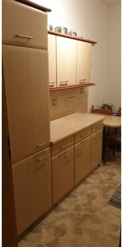 Küche komplett mit Backofen Kochplatte