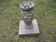 Grabvase Aluminium mit Granitsockel Grab