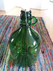 dekorative Bügelflasche