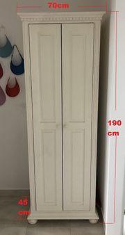 Garderoben Möbel in weißem Holz